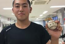 記念すべき最初のホームランボールを手に!(^^)!